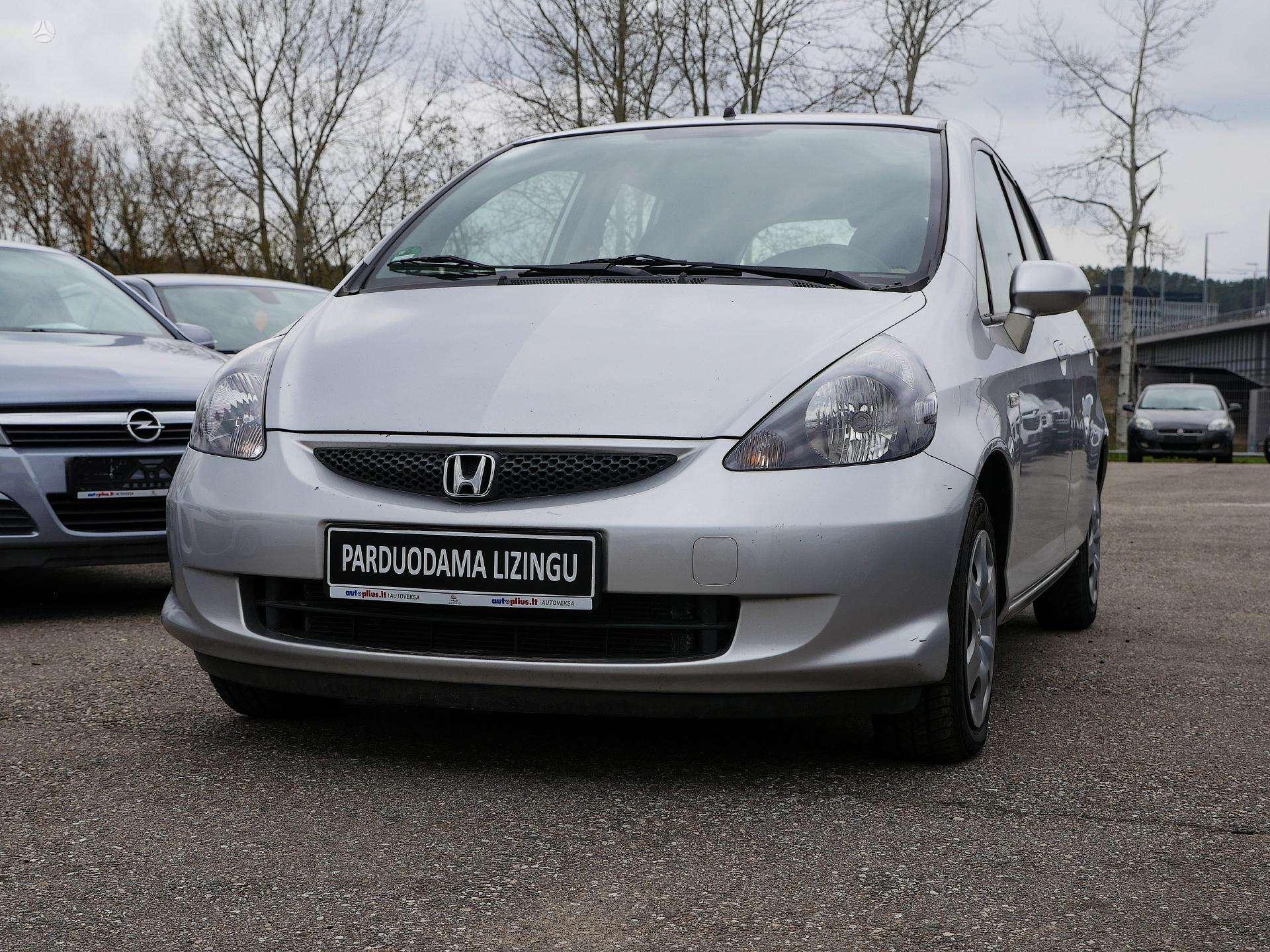 Honda Jazz išsimokėtinai nuo 44 Eur/mėn su 3 mėnesių garantija