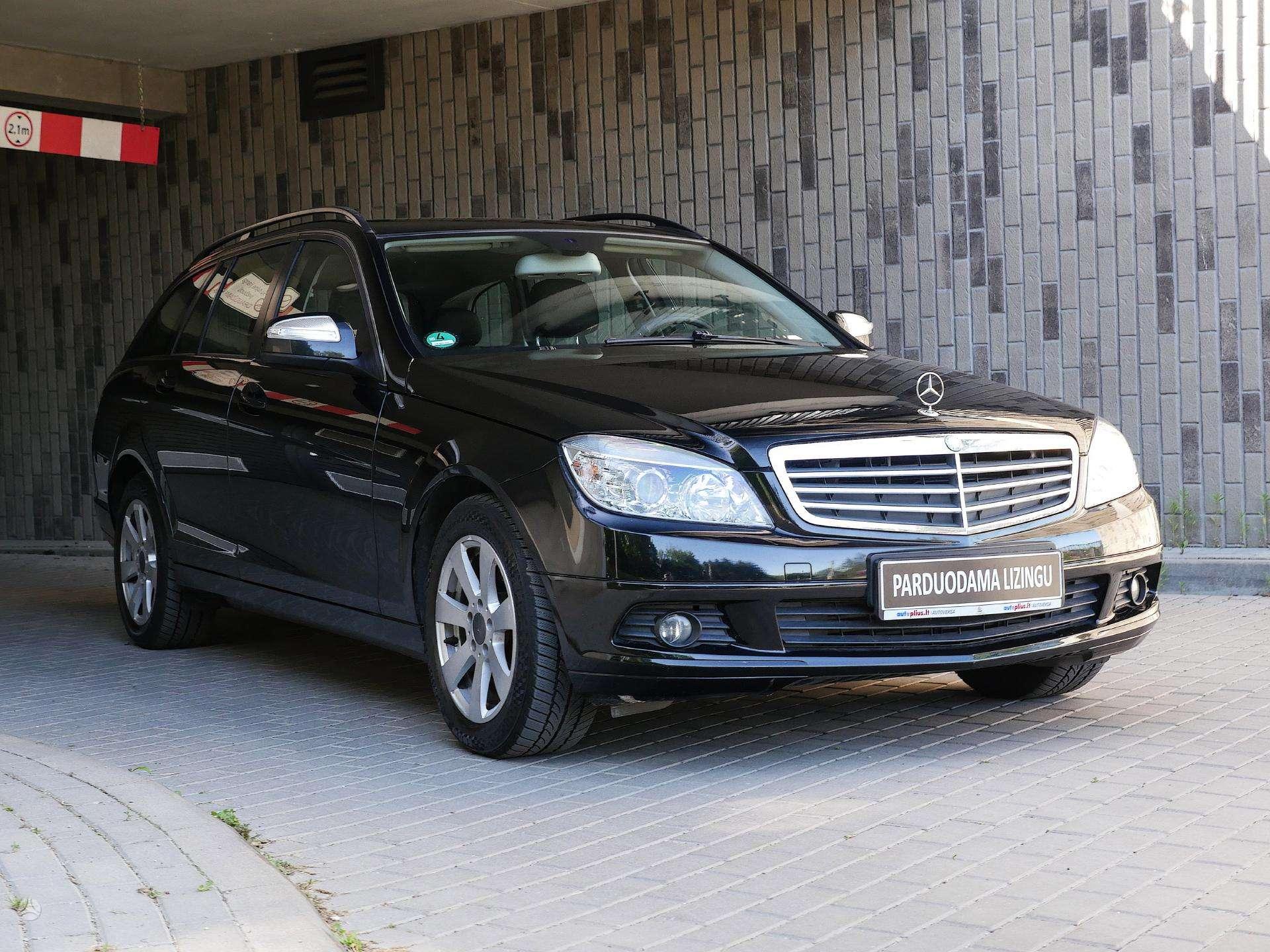 Mercedes-Benz C200 išsimokėtinai nuo 106 Eur/mėn su 3 mėnesių garantija