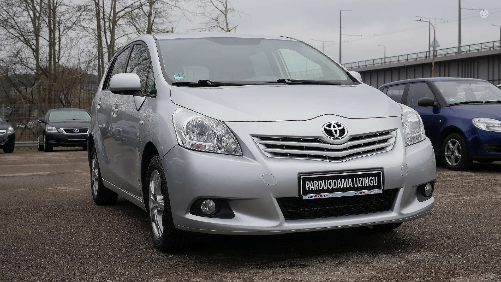 Toyota Verso išsimokėtinai nuo 131Eur/Mėn su 3 mėnesių garantija